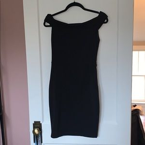 Dresses & Skirts - Black off the shoulder dress